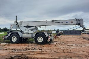 RT335 30 Ton Rough Terrain Mobile Terex Crane